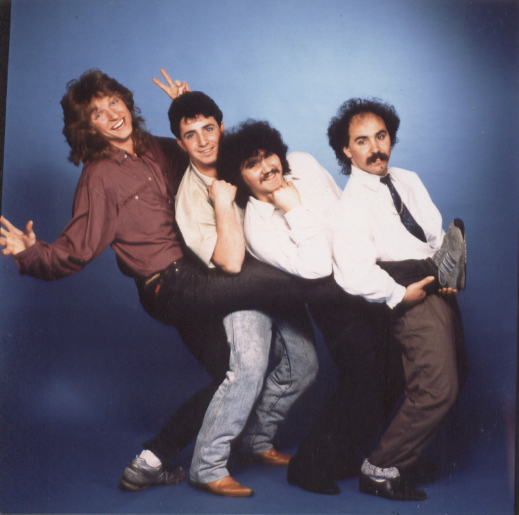 Atlanticos Band 1985-1987: Axel Grunert (Keyboards), Filipe Batista (Drums & Backing-Vocals), Joaquim